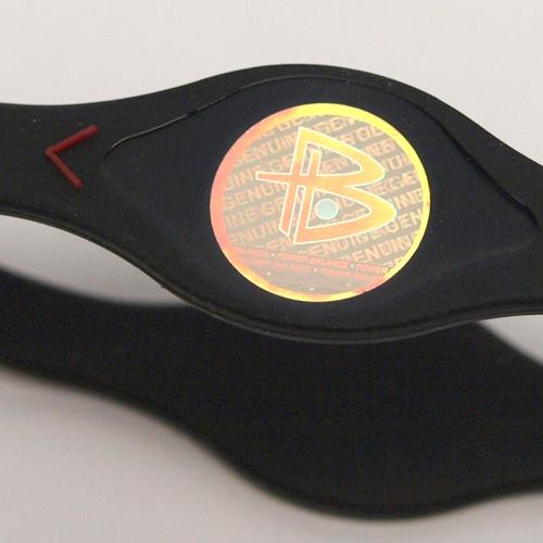 power balance silikon armband miami heat schwarz freizeit armbaender bei gwsa. Black Bedroom Furniture Sets. Home Design Ideas