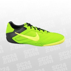 <strong><u>Nike5 Elastico Pro</u></strong>