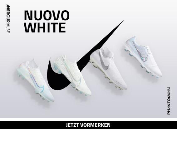 Nike Nuovo White Pack