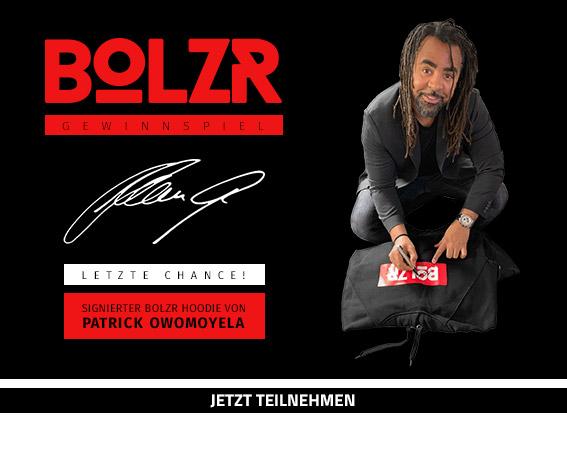 Gewinnspiel BOLZR Hoodie, signiert von Patrick Owomoyela