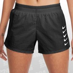 Swoosh Run Shorts Women